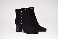 Ботильоны Neiman Marcus Jaimi Suede Studded Ankle Bootie
