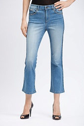 Джинсы Alice + Olivia Bryce Cropped Flare Jeans in Faded Denim